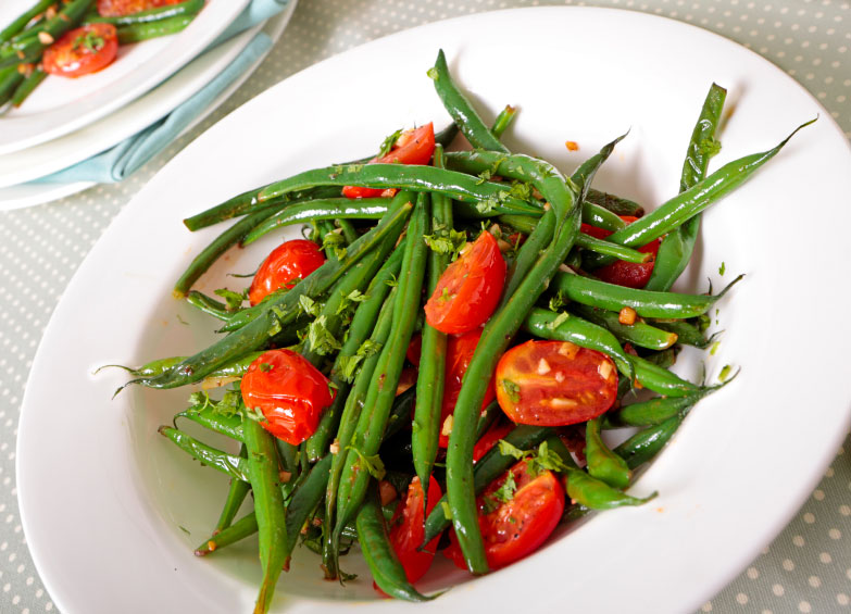 The Oaks at Ojai's Green Bean and Tomato Salad Recipe