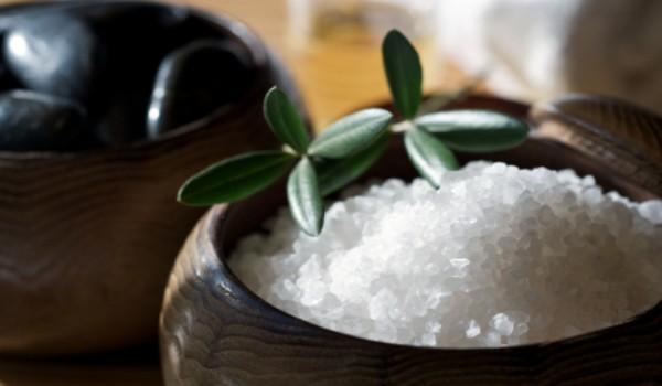 salt-scrubs-salt-bath