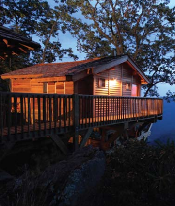 The Golden Eagle Treehouse at the Primland Blue Ridge Mountain Resort (Meadows of Dan, VA) gives guests an unique lodging experience.