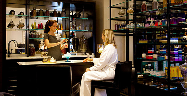 gainsborough-bath-spa-lands-on-travel-and-leisures-it-list-2016-aroma-bar