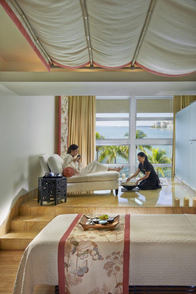 mandarin oriental spa suite