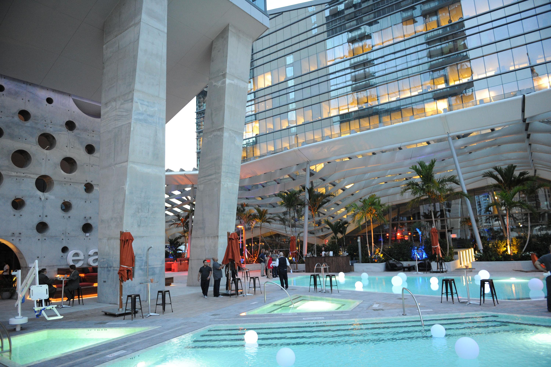 stunning feng shui workplace design. Stunning Feng Shui Workplace Design. East Miami Pool Design J