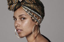 alicia keys by paola kudacki no makeup