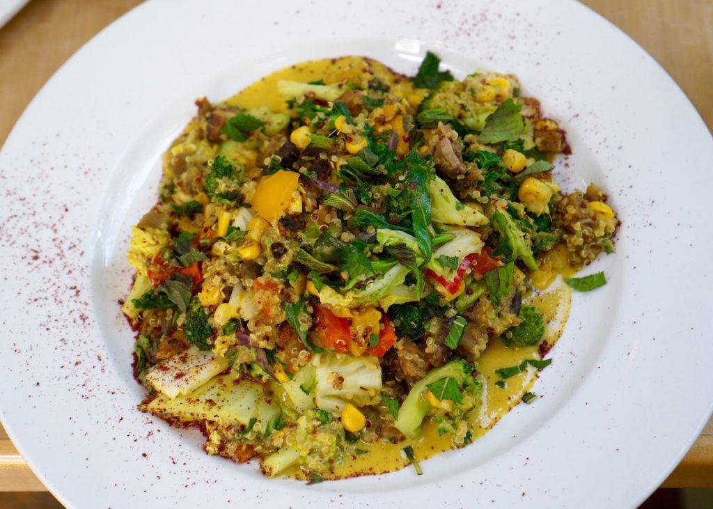 aspen pyramid bistro galangal curry bowl