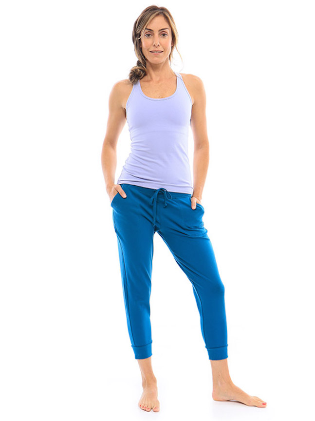 hyde-chrystie-jogger-gifts-spa-wellness