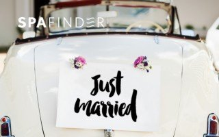 spafinder gift card with car that has just married on the trunk
