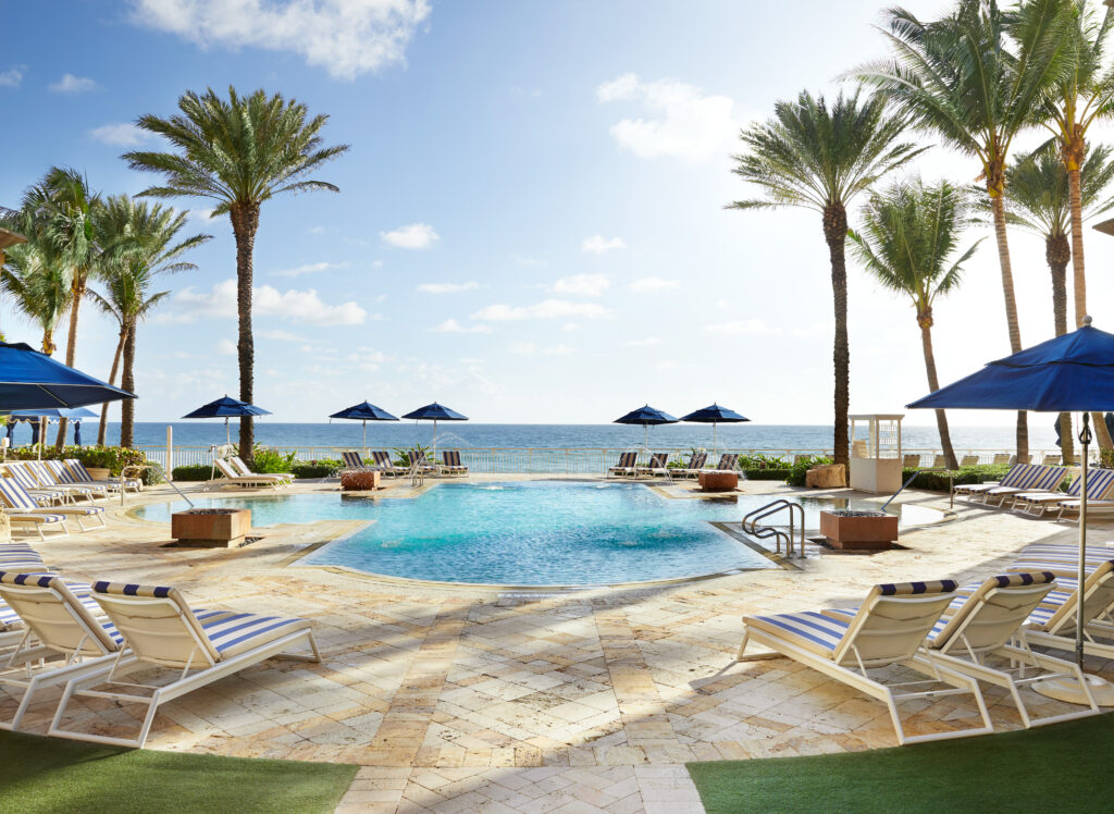 Eau-Palm-Beach-Room-Pool